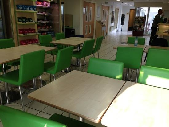 Hotel ibis budget Glasgow: canteen/reception