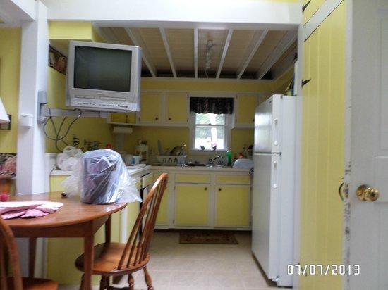 Harbor Inn: Full Kitchen