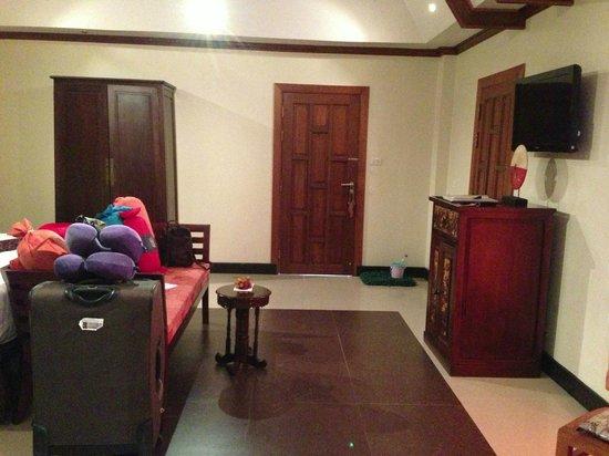 Baan Malinee Bed and Breakfast: Detail slaapkamer