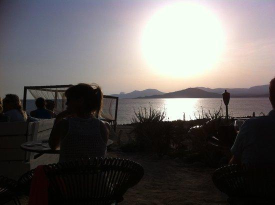 Experimental Beach at Cap D'es Falco : Tramonto indimenticabile