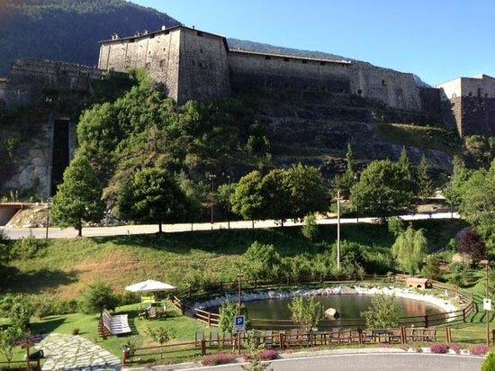 Albergo del Forte : Forte e laghetto