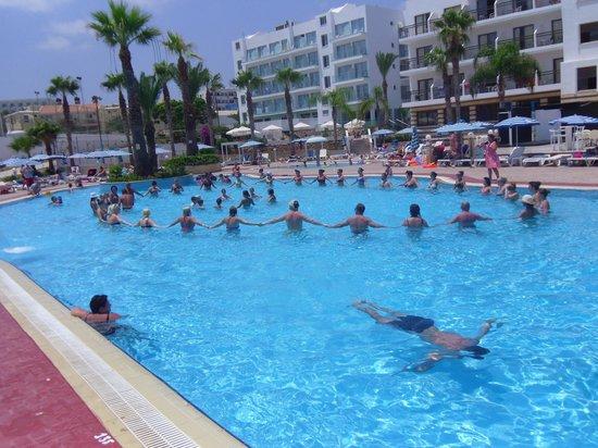 Tsokkos Beach Hotel: Again