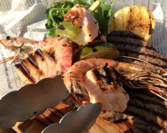 The Broom Tavern : Summer BBQ