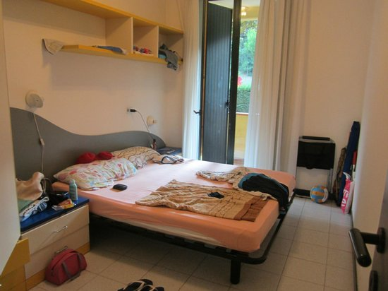 Centro Vacanze Tize Unser Schlafzimmer Groß Geräumig Viel Stauraum Zugang Zum Balkon
