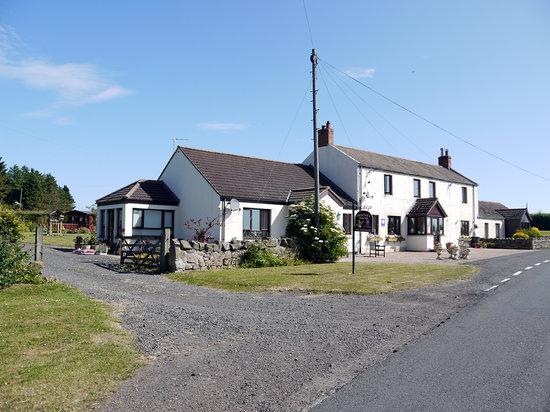 Friendly Hound Cottage