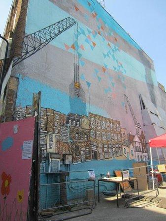 London Urban Adventures: Street art