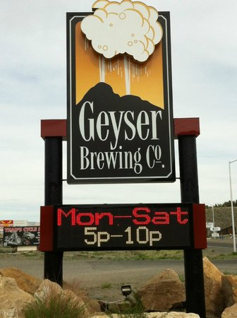 The Terrace Restaurant & Bar: Geyser Brewing Co