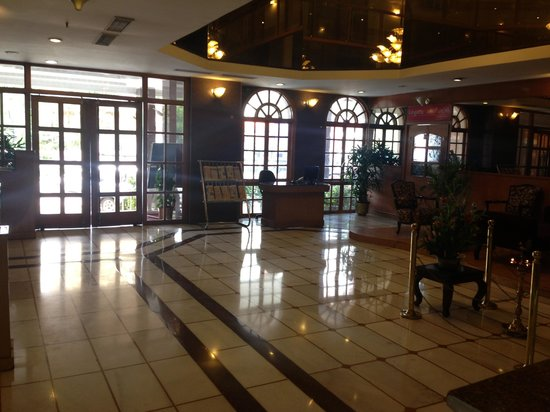 Hotel Ramanashree Richmond Circle: Lobby