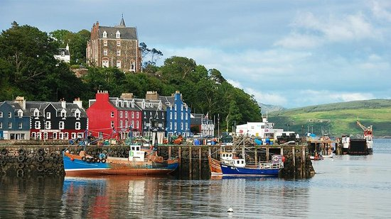Tobermory Harbor And The Western Isles Hotel