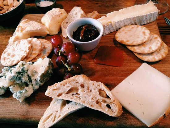 The Black Pig Winebar: cheese plate