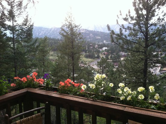 The View Restaurant at the Historic Crags Lodge: Romantic table for 2 on outdoor balcony looking at Rockies.