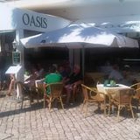 Oasis Cafe: An ´Oasis´ on the Marina!