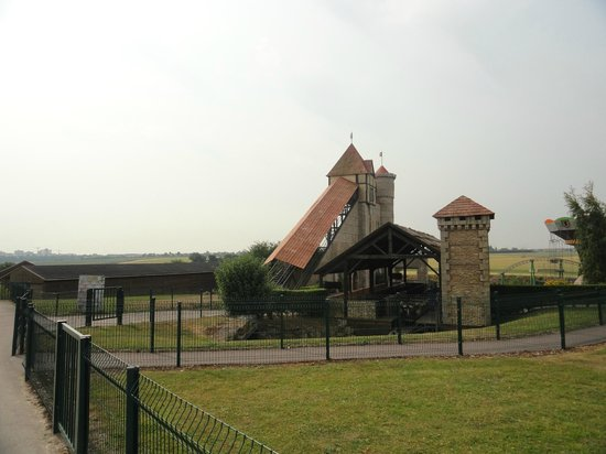 Festyland Parc: L'attraction du château fort