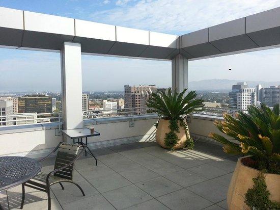 San Jose Marriott: Deck of Concierge Lounge