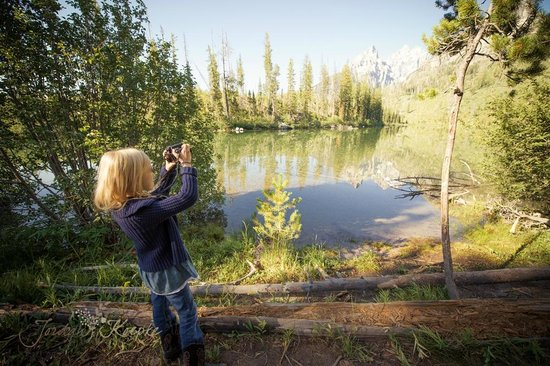 Paul Martin's Photo Safaris -Tours: My daughter captivated by the scenery