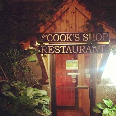 The Cook's Shop Restaurant: The Cook's Shop Entrance and Sign