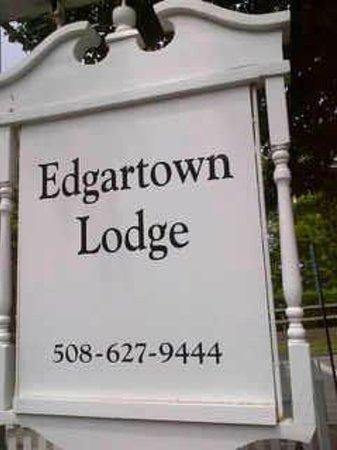 Edgartown Lodge: Sign