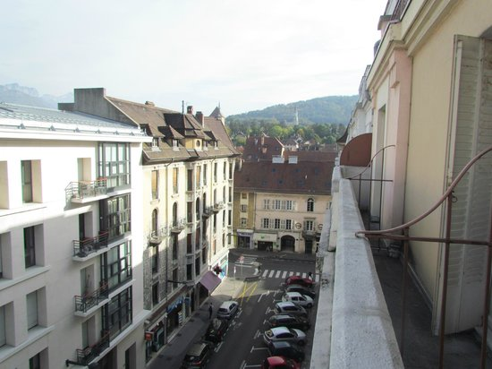 BEST WESTERN Hotel Carlton : Вид с балкона номера