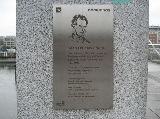 Sean O'Casey Bridge: Plaque