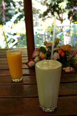 Via Via Caltural café - Arusha