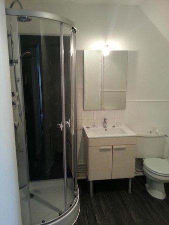 Le Savoie Villars: salle de bain