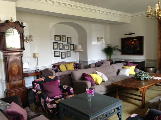 The Elms: The Main Sitting Room that greets you upon entering the hotel