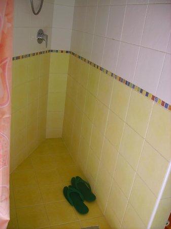 La Salinella : la doccia