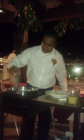 La Taverna GastroBar: Bananas Foster made table side!