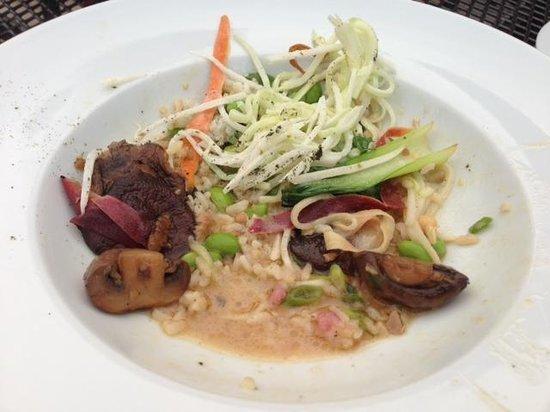 """Zees Grill : Japanese """"Bento"""" Dinner"""