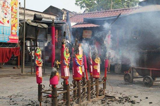 Goddess of Mercy Temple (Kuan Yin Teng): Kuan Yin Teng