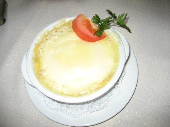 Rifugio Fanes: Polenta e formaggio