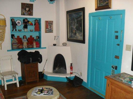 La Dona Luz Inn, An Historic Bed & Breakfast: Living Area