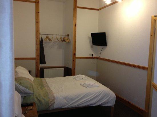Alder Lodge Guest House: Room 6