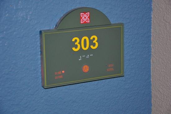 Hilton Garden Inn Pismo Beach: Hallway number plate