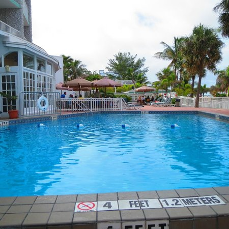 Grand Plaza Beachfront Resort Hotel & Conference Center: Nice pool