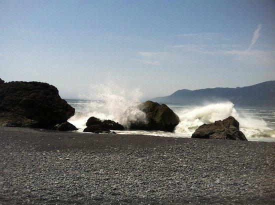 King Range National Conservation Area: Waves and rocks