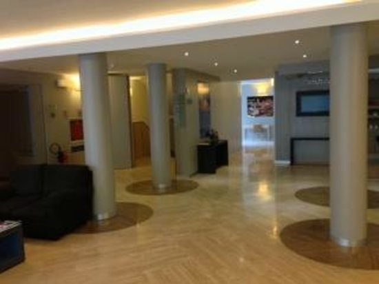 Hotel Executive : lobby