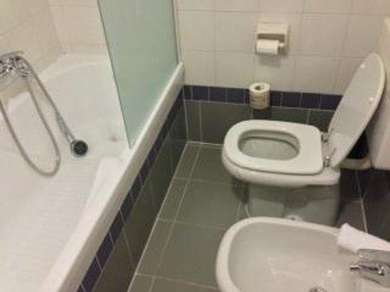 Hotel Executive : toilet