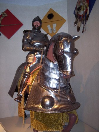 Glenbow Museum: Arms and Armour display
