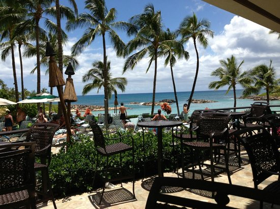 Marriott Ko Olina Beach Club Pool Bar Area