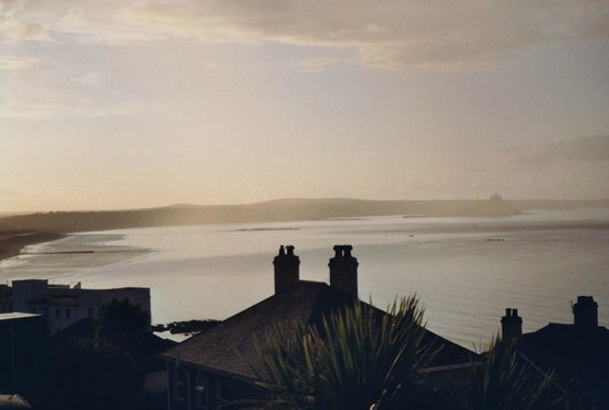 Hotel Penzance: View over Mount's Bay from room