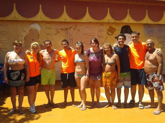 Diverhotel Marbella: con los animadores =)