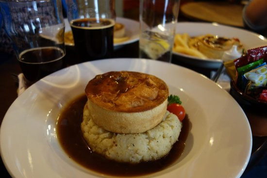 The Raven of Bath: Pie and beer, what could be better?