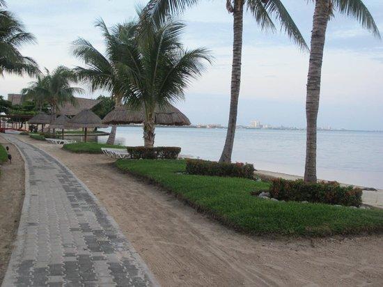 Sunset Marina Resort & Yacht Club: lagoon view