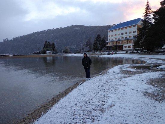 Hotel Alun Nehuen : Orilla del lago
