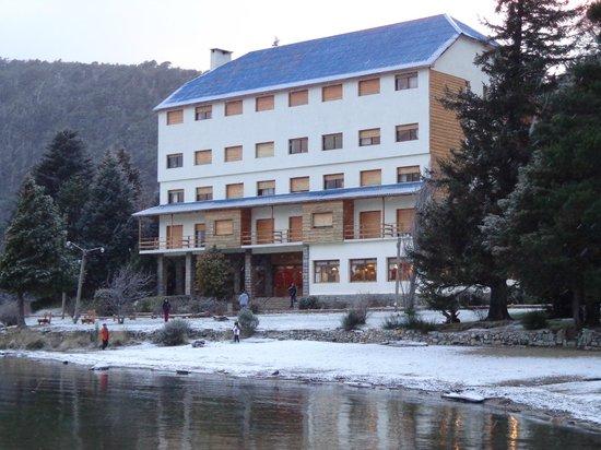 Hotel Alun Nehuen : Vista de la orilla del lago