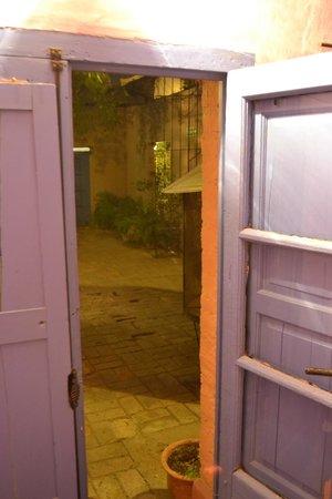 Molino la Tebaida: Vista desde Puerta Habitacion al patio