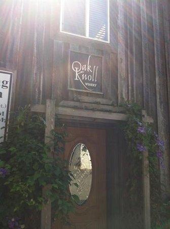 Oak Knoll Winery: entrance