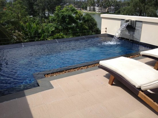 The Pool Villas at Dusit Thani Laguna Phuket: Roof top pool villa - lagoon view