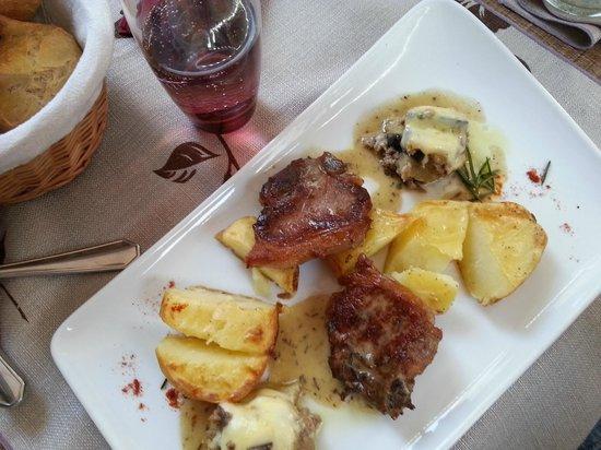 L'Amaranthe : Veau, pommes de terre nouvelles et aubergines....